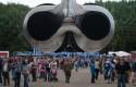 Crowded B-52